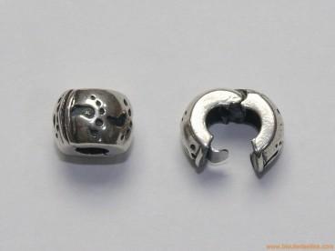 Clip en plata para pandora huellas