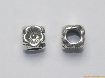 Entrepieza en plata para pandora flor 8mm