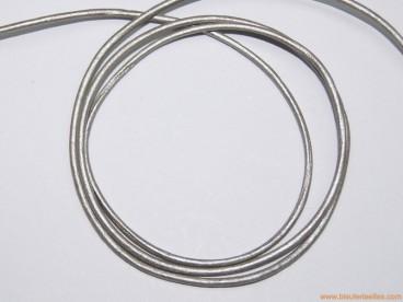 Cordón cuero 2mm gris metalizado