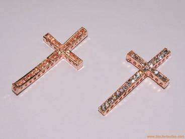 Entrepieza cruz pasada con strass 48mm cobre